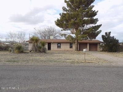 3 Bed 2 Bath Foreclosure Property in Las Cruces, NM 88007 - Pomegranate Ln