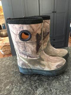 Toddler boys size 10 boots