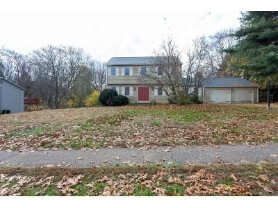 4 Bed 2.5 Bath Foreclosure Property in Southington, CT 06489 - Scarano Rd