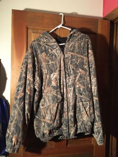 Hooded and Insulated Creekside Hunting Coat