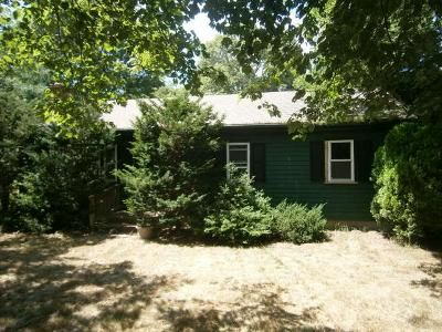 3 Bed 1 Bath Foreclosure Property in Centerville, MA 02632 - Donegal Cir