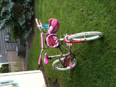 $39 20 inch girl's bike with helmet and bag
