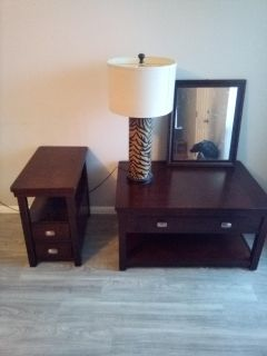 Coffee Table,End Table, Lamp,and Mirror