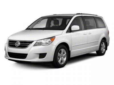 2011 Volkswagen Routan SE (Twilight Gray)