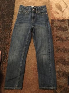 Levi s 6r boyfriend jeans - ppu (near old chemstrand & 29) or PU @ the Marcus Pointe Thrift Store (on W st)