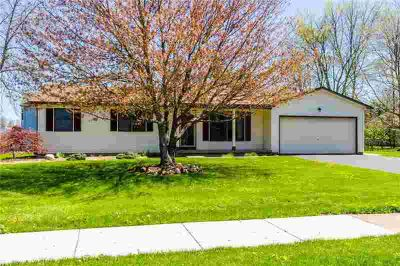 787 Bram Hall Dr ROCHESTER Three BR, MOVE IN READY RANCH IN THE