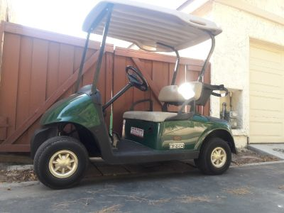 2015 E-Z-Go GOLF CART