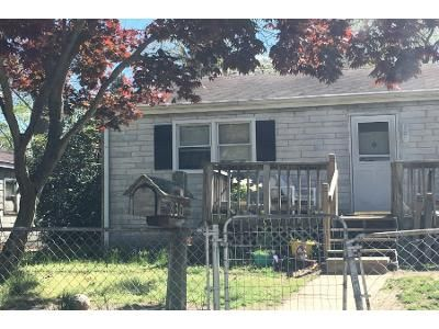 3 Bed 1 Bath Foreclosure Property in Williamstown, NJ 08094 - Willow Ln