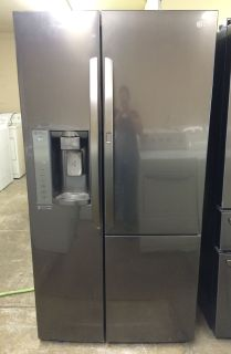 LG 26cu.ft Side by Side/ In Door Refrigerator in Black Stainless