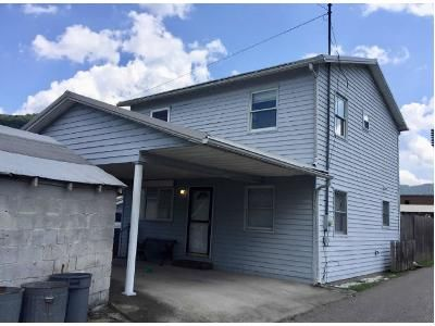 4 Bed 2 Bath Foreclosure Property in Glasgow, WV 25086 - Ashberry Ln