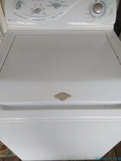Maytag oversized capacity plus, heavy duty washer. **PLEASE READ**