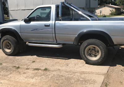 1989 Toyota V6, 5 speed manual 4wheel drive