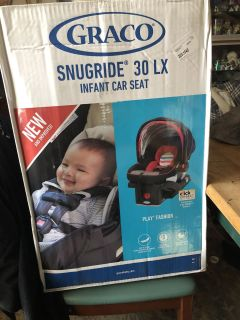 Brand new SnugRide Click Connect 30 LX car seat