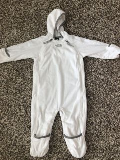 North face body suit (size 12-18M)