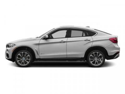 2015 BMW X6 xDrive35i (Mineral White Metallic)