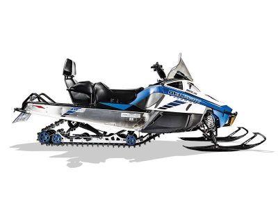 2017 Arctic Cat Bearcat 2000 XT ES Snowmobile Utility Snowmobiles Shawano, WI