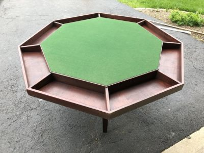 Poker Table - Folding