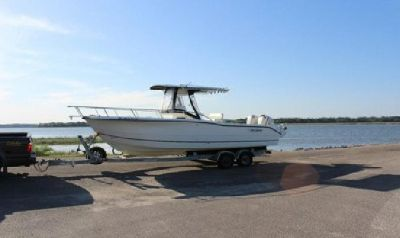 2005 Sea Boss 25' Center Console Twin outboards 2 axle trailer VERY NICE