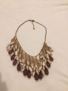 Shades of brown statement necklace