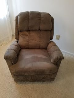 Rocker/recliner in very good used condition