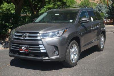 2018 Toyota Highlander Limited (Predawn Gray Mica)