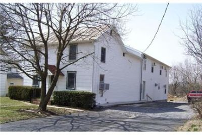Shippensburg, Great Location, 3 bedroom Apartment.