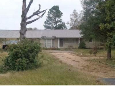 3 Bed 1 Bath Foreclosure Property in Rison, AR 71665 - Highway 63