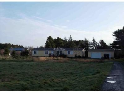 5 Bed 3 Bath Foreclosure Property in Bandon, OR 97411 - Rosa Rd
