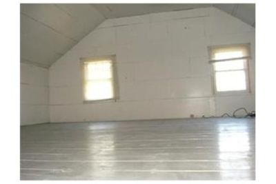 3 bedrooms Apartment - Freshly painted and totally remodeled within past 3 years. Will Consider!