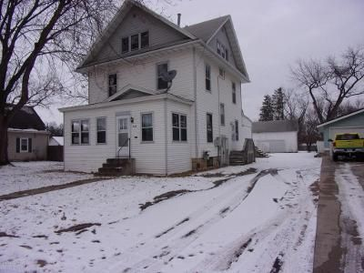 5 Bed 3 Bath Foreclosure Property in Waseca, MN 56093 - 4th Ave NE