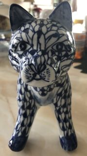 Blue & White Ceramic/Porcelain Cat