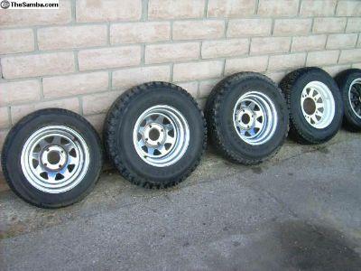Chrome 4-lug Wheels+Tires Baja or?