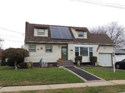 2 Bath Preforeclosure Property in Massapequa Park, NY 11762 - 2nd Ave
