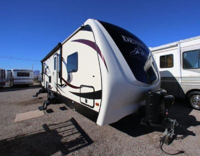 LIKE NEW ALL WEATHER 2015 DUTCHMEN DENALI 266RLS