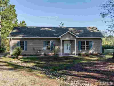 724 Calvary Church Road Sanford Three BR, Move-in ready home!