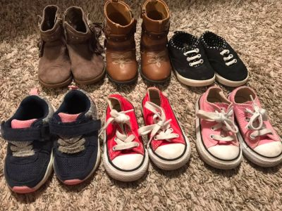 Toddler sz 4 shoes PRICED EACH