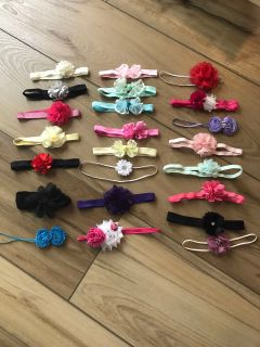 Lot of 23 bows