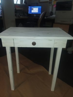 FRESHLY CHALK PAINTED N DISTRESSED WOOD TABLE