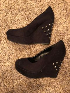 Black Stud Fashion High Heel Shoes. Nice Condition. Size 6