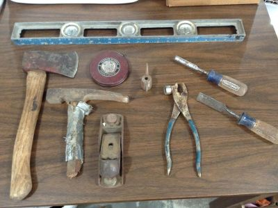 Mixed Lot of Older Used Shop and Yard Tools