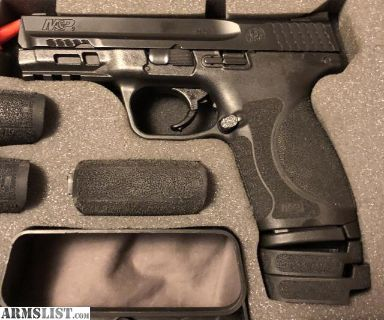 For Sale: Smith & Wesson M&P 2.0 9mm Compact - nearly new