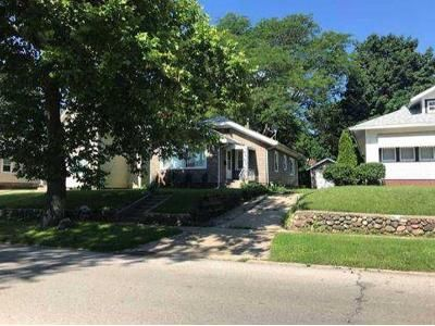2 Bed 1 Bath Foreclosure Property in Rockford, IL 61104 - 20th St
