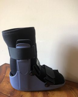New Sprained Ankle Walker; Women s 8 1/2 to 11; Right or Left Foot;