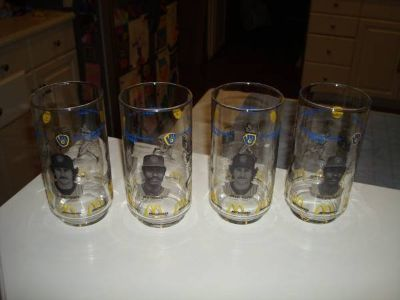 Authentic Milwaukee Brewers McDonalds Set of 4 1982 Glasses Yount L@@K