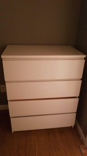 """Dresser """"Free"""" to whoever picks up!!"""