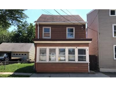 Preforeclosure Property in Gloucester City, NJ 08030 - Middlesex St