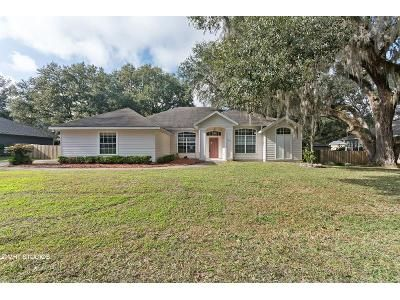 3 Bed 2 Bath Foreclosure Property in Alachua, FL 32615 - NW 60th Ter