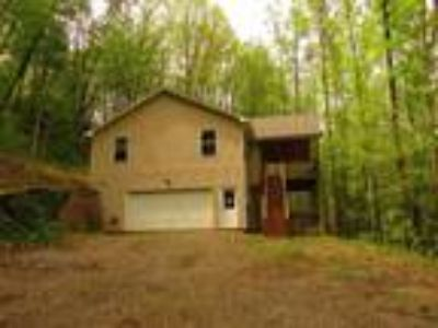 Nice Home on 1.64 Acre Lot in Mountains of North Carolina! Visual Tour!