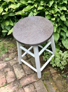 Strong old pine stool redo.. 13 round 19h Special tough raindrops look seat, white base