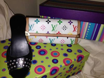 Louis Vuitton Wallet Makes the perfect Valentines Day Gift